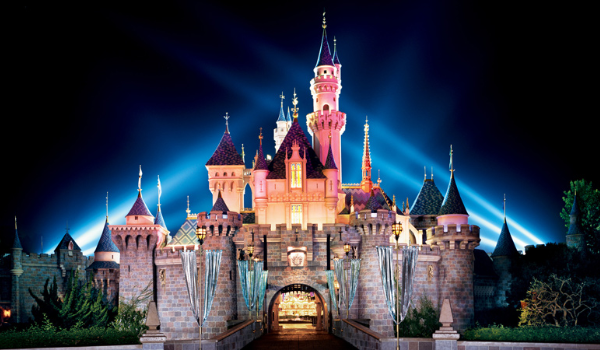 Disneyland+Castle+Night_photo-resizer.ru