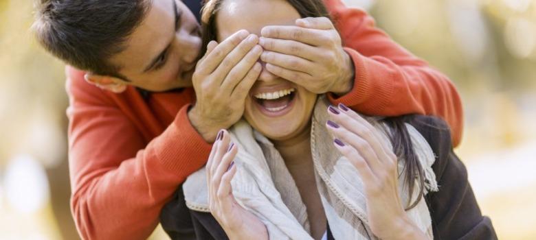 couple surprise third date ideas meetville