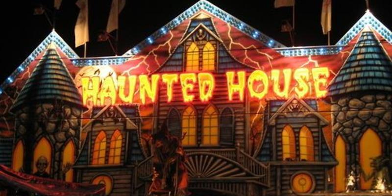 haunted house halloween date ideas