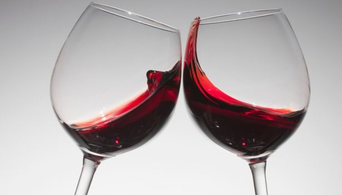 wine drink first date