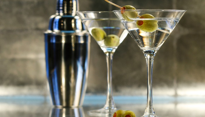 Martini drink first date