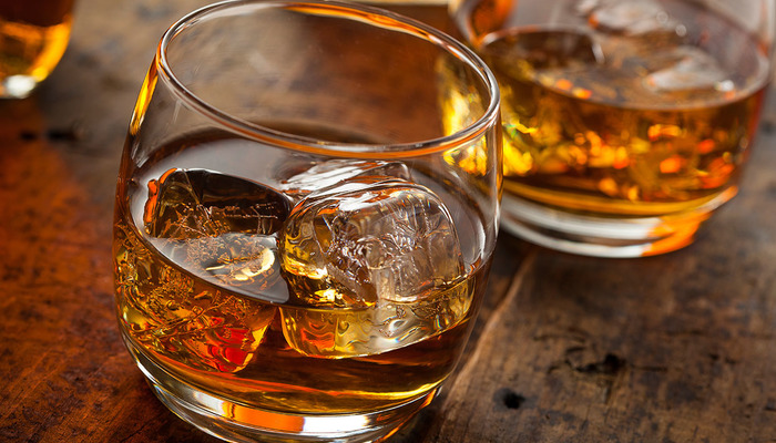 Bourbon on the rocks drink first date