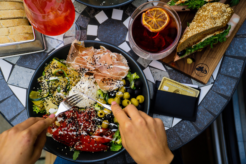 Dinner at a unique location - Meetville